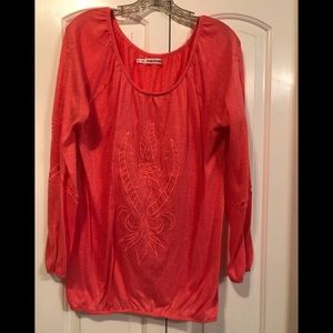 Maurice's Woman's Light Weight Top Size XXL
